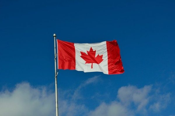 canadian-flag-1174657_640-e1608871426616.jpg