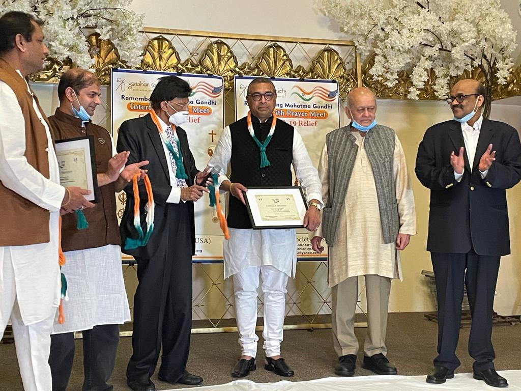balaji_award.jpg